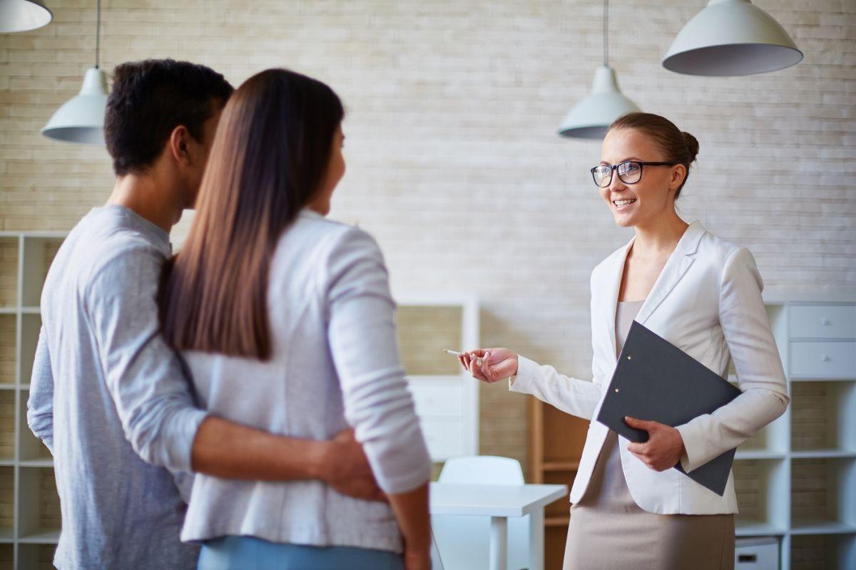 Comment devenir agent immobilier sans diplôme ?